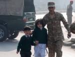 БРУТАЛНОСТ ЗА НЕВЕРИЦУ: Талибани убили 141 особу од којих су 132 ученици