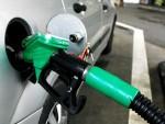 РЕКОРДНО ПОЈЕФТИЊЕЊЕ Цене бензина ће још више пасти