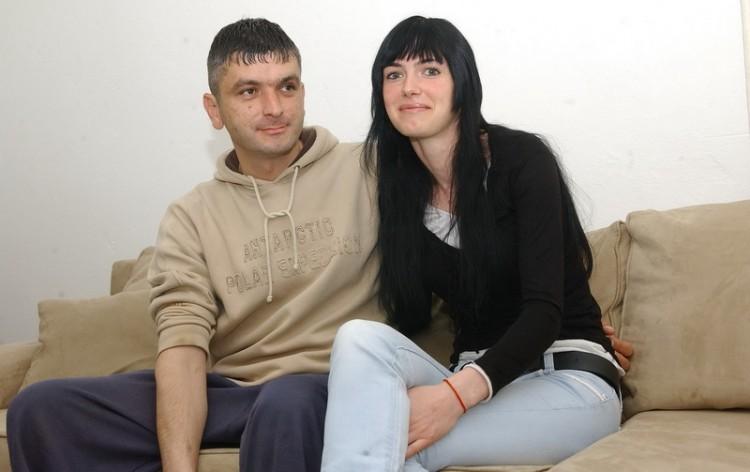 Cvetko Ristic sa suprugom Jelenom u svojoj kuci u Kusicima kod Skelana