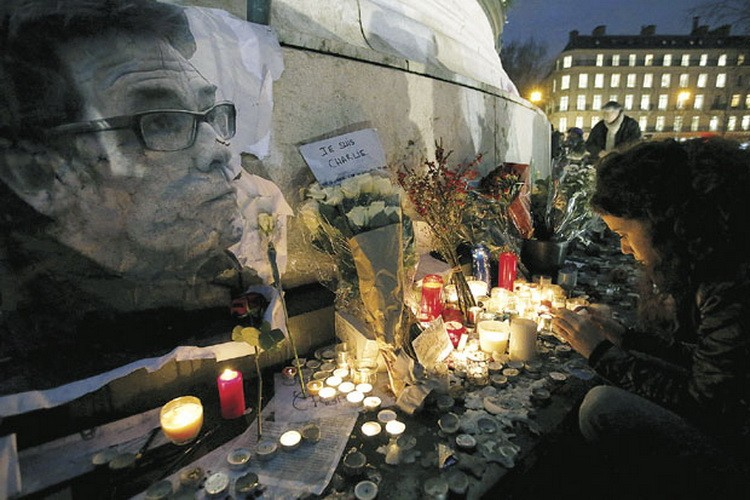 Pomen-stradalim-u-Parizu