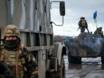 15 КИЛОМЕТАРА ОД ДЕМАРКАЦИОНЕ ЛИНИЈЕ: Украјина и Русија договориле повлачење тешког наоружања на истоку Украјине