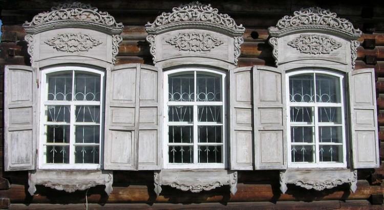 Prozor brvnare u Toljcima