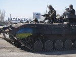 ИЗГУБИЛИ ТРЕЋИНУ ОКЛОПНИХ ВОЗИЛА И АРТИЉЕРИЈЕ: Војне снаге Украјине рат припремају за лето