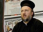 ПОДГОРИЦА ПРОТЕРУЈЕ ЏОМИЋА: Свештеник опасан по националну безбедност!?!