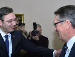 САРАДЊА СРБИЈЕ И РУСИЈЕ: Медведев позвао Вучића да посети Москву