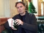 БАЗЕЛ: Истраживача Сребренице одвели наоружани људи