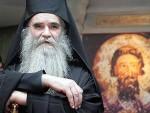 """МИТРОПОЛИТ АМФИЛОХИЈЕ: Оца Велибора Џомића прогоне безбожни """"монтенегрини"""""""