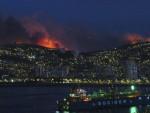 БЕСНИ ПОЖАР У ЧИЛЕУ: Пред ватром евакуисано 4.500 људи