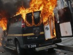 ПОСЛЕ ЈОШ ЈЕДНОГ ПОЛИЦИЈСКОГ УБИСТВА ЦРНЦА: Балтимор у пламену, војска на улицама