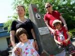 ПОКЛОНИЛИ СЕ СЕНИМА ПРАДЕДЕ: Гроб руског јунака усред Бачке