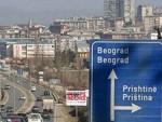 КИМ: Каменован аутобус са српским студентима