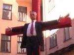 ИЗАЗВАЛИ ЉУТЊУ РУСКЕ ЈАВНОСТИ: Летонци разапели Владимира Путина!
