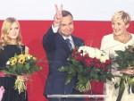 КА НАЦИОНАЛИЗМУ И ЕВРОСКЕПТИЦИЗМУ: Анджеј Дуда нови пољски Орбан