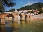 БАЦИЛИ ИХ И ЈАМУ: Данас парастос за брутално убијене српске цивиле у Брадини
