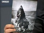СИМБОЛ АНТИФАШИСТИЧКЕ БОРБЕ: Бранко Тепић, дјечак са чувене фотографије Жоржа Скригина, 71 годину послије (ВИДЕО)