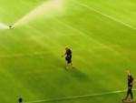 (ВИДЕО) КУКАСТИ КРСТ НА ПОЉУДУ: Хрватској фудбалској репрезентацији прети суспензија