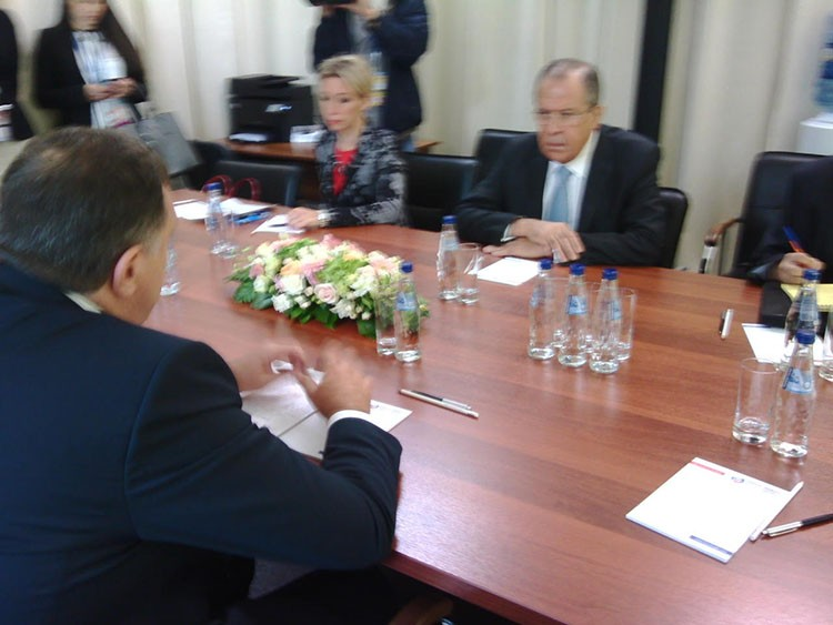 Lavrov Dodik