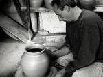 ГЛИНИ ДАЈЕ ДУШУ: Бибила Никитовић, мајстор, грнчар…
