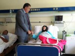 БАЊАЛУКА: Додик у болници посјетио мајку три погинула борца