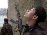 10.000 ТЕРОРИСТА С ПРСТОМ НА ОБАРАЧУ: ОВК чека свој тренутак с оружјем на готовс