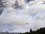ЉУДИ БЈЕЖЕ ИЗ КУЋА: Атина у пламену, пожар на Пелопонезу и острву Евиа (ВИДЕО)