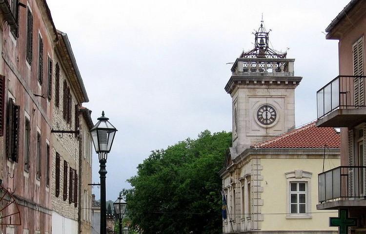 Фото: Спутњик/Википедија