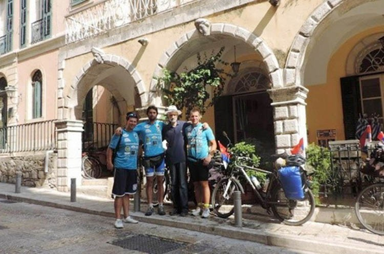 Biciklisti-na-Krfu-foto facebok