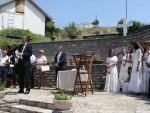 СЈЕЋАЊЕ НА ЗЛОЧИНЕ ОВК: Парастос страдалим Србима у Великој Хочи