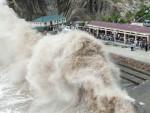 ЕВАКУИСАНО МИЛИОН ЉУДИ: Кину погодио највећи тајфун у новијој историји
