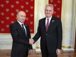 СРБИЈА РЕАГОВАЛА: Николић замолио Путина да Русија стави вето на резолуцију