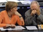 ДОК ЈЕДНОМ НЕ СМРКНЕ: Берлин зарадио 100 милијарди евра од кризе у Грчкој