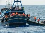 ЛИБИЈА: Спашено око 200 од близу 500 миграната са два брода