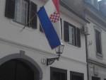 ХРВАТСКА: У центру Карловца истакнута застава НДХ