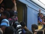 ОЧАЈ ИЗГУБЉЕНОГ ДЕТЕТА ЗАБЕЛЕЖИЛЕ КАМЕРЕ: Драма миграната у Македонији