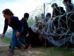 МАЂАРСКА ОПТУЖУЈЕ: Земље Балкана помажу мигрантима да уђу у нашу земљу!