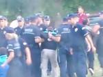 ВАЉЕВСКА ГРАЧАНИЦА: Полиција ухапсила 20 верника који штите манастир од потапања