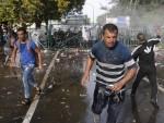 МАЂАРИ НАПАЛИ ИЗБЕГЛИЦЕ НА ТЕРИТОРИЈИ СРБИЈЕ: Хаос на Хоргошу 2, стигли и српски специјалци