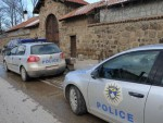 ЈАРИЊЕ: Kосовска полициjа малтретирала градоначелника Зубиног Потока