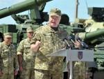 СПРЕМИО ТРИ СЦЕНАРИЈА: Порошенко размишља о походу на Москву
