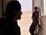 """ШТА САД РАДЕ У СИРИЈИ: Америка наоружава """"умерену опозицију"""", а она — терористе"""