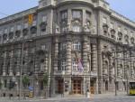 СКУПШТИНА СРБИЈЕ: Од Вучића затражен одговор да ли ће и Србија подизати ограде како би заштитила своју територију