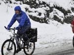 ПОЛА МЕТРА: Послије љетних температура, у Аустрији пао снијег