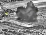 СУХОЈ НЕ ПРОМАШУЈЕ: Снимак из кокпита руских ловаца приказује хируршки прецизне поготке у СРЦЕ Исламске државе
