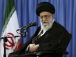 ИРАН: Хамнеи наградио морнаре који су заробили Американце