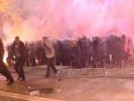 ПРИВЕДЕН АНДРИЈА МАНДИЋ: У сукобима у Подгорици повређено 15 полицајаца и 24 грађанина
