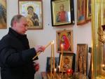 МОСКВА: Руси верују у председника, Цркву и војску