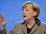 РЕНЦИ: Меркелова склапа договоре о избеглицама Риму иза леђа