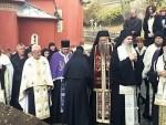 БИЛА ЈЕ ПРАВА МАЈКА: Сахрањена игуманија Пећке патријаршије