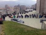 """КОСОВСКА МИТРОВИЦА: Тијелима исписали """"Не Косову у УНЕСКО"""""""
