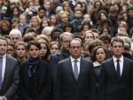 ОЛАНД: Француска је у рату